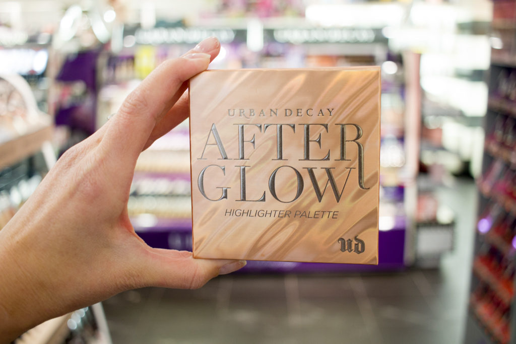 Urban decay after glow palette box in sehpora inside JCPenney store